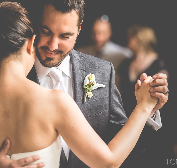 BEACON FALLS, NY WEDDING : THE ROUNDHOUSE : IDI + MARCO