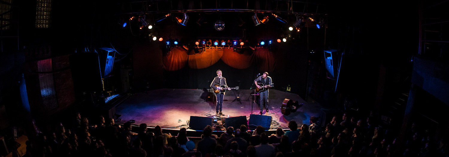 JOSH RITTER : LIVE IN CONCERT : PHOTOGRAPHS + REVIEW