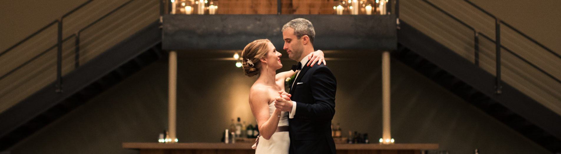 BEACON FALLS NY WEDDING PHOTOGRAPHS : THE ROUNDHOUSE AT BEACON FALLS : MAGGIE + GREG