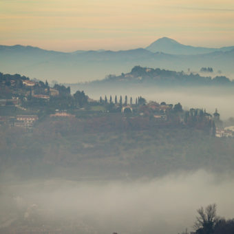 Travel Photography : Photographs of Italy : Bologna, Perugia, Assisi, Amalfi Coast, Pompeii, Cortina + Roma Photos : tomas flint
